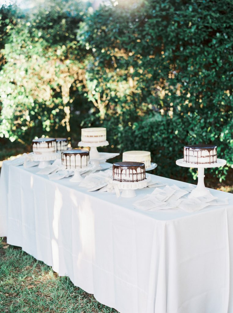 SO MANY CAKES! I love this dessert table.