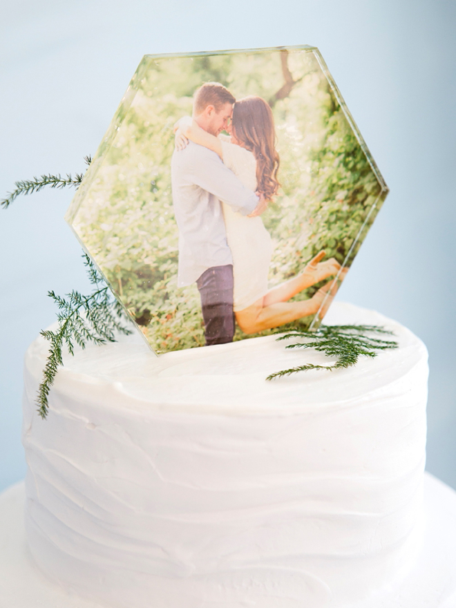 Make your own hexagon photo cake topper, it's so easy!
