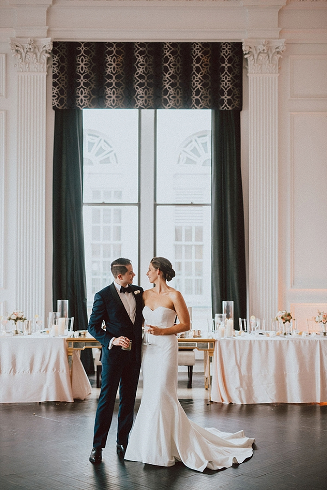 Crushing on this couple's darling first dance as Mr. and Mrs!