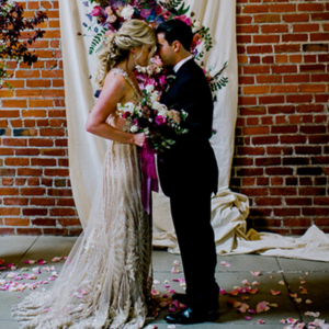 Obsessed with this super gorgeous styled moody wedding shoot!