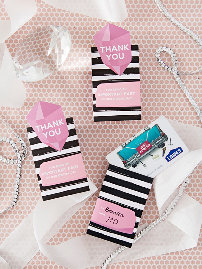 Make your own gift card sleeves to thank your bridal party and vendors!