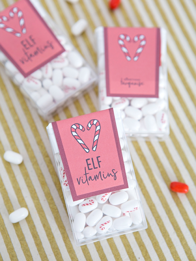 These free printable holiday tic tac labels are adorable!