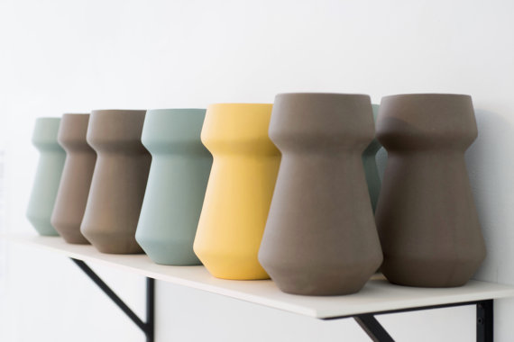 Loving these modern vases!