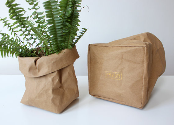 How cool is this washable paper bag!? With SO many uses, it's a great gift!