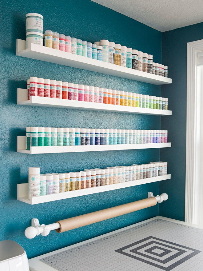 Wow, look at all those perfectly organized Martha Stewart Craft paints!