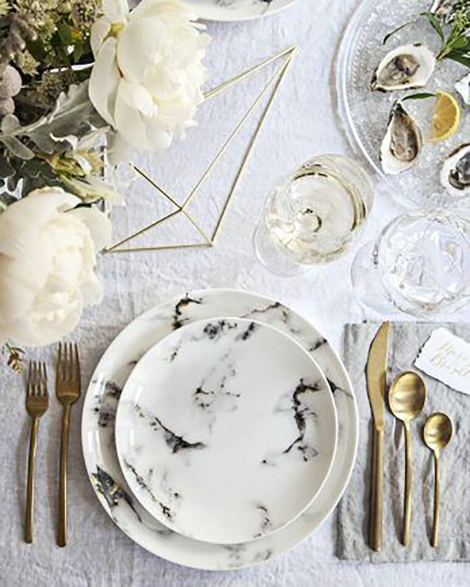 Mable place settings make a bold statement.