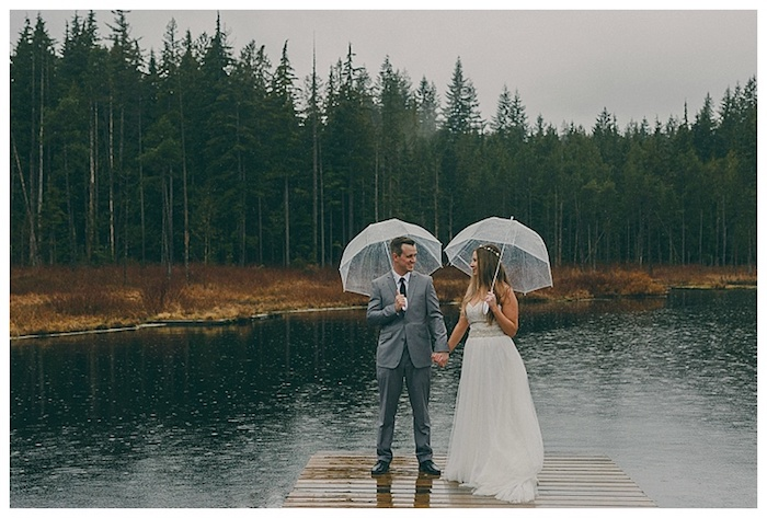 Even if it rains on your wedding day, the photos can still be beautiful! This British Columbia wedding photo proves it.