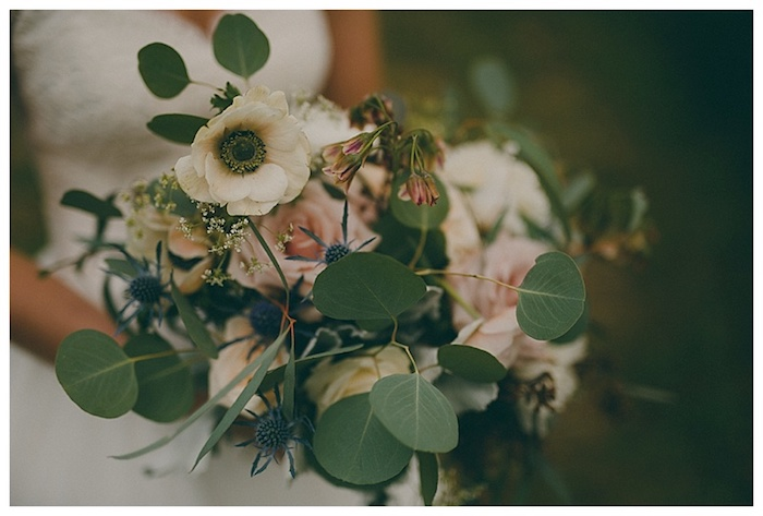 WOW. A muted, natural bridal bouquet for a bride that wants something a little more natural.