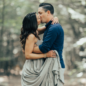 We are in LOVE with this dreamy and sweet outdoor engagement session!