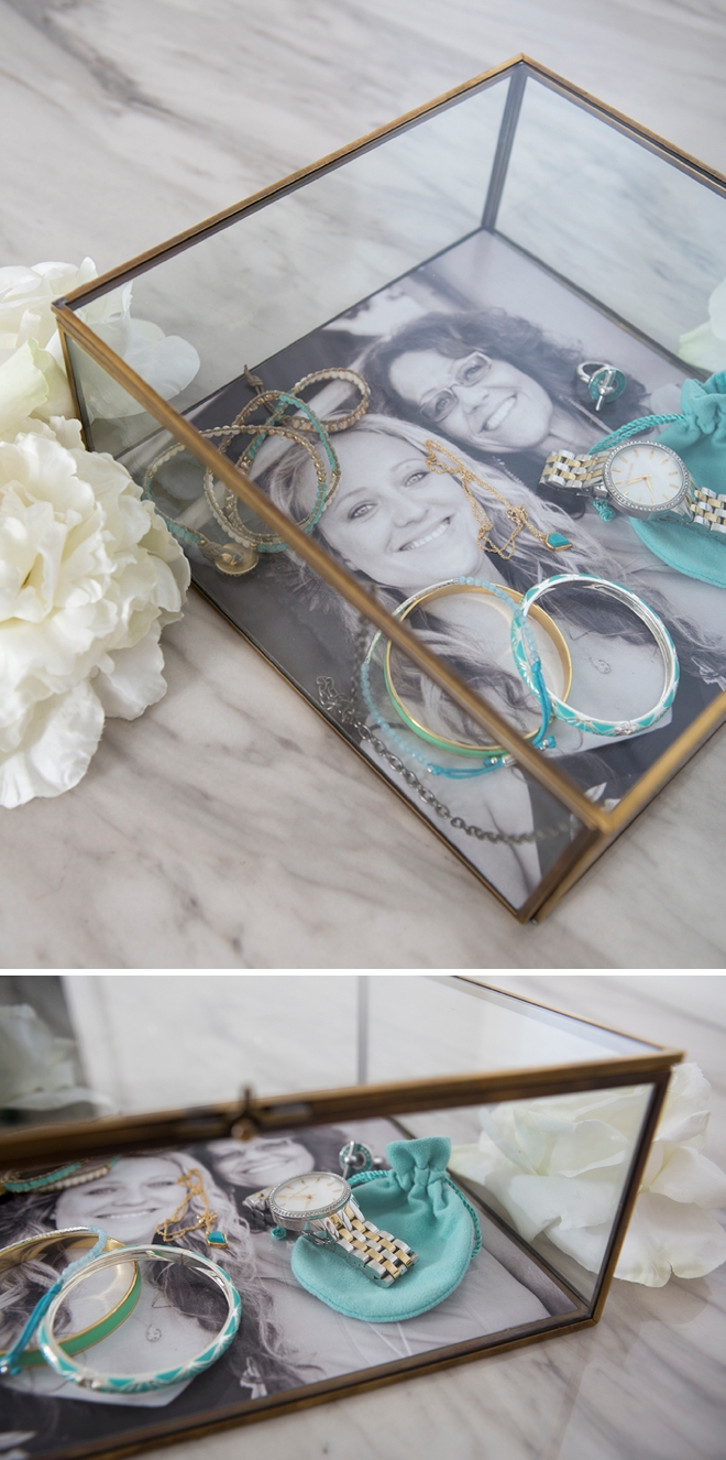 This photo-lined jewelry box is the perfect, DIY mother-of-the-bride gift!