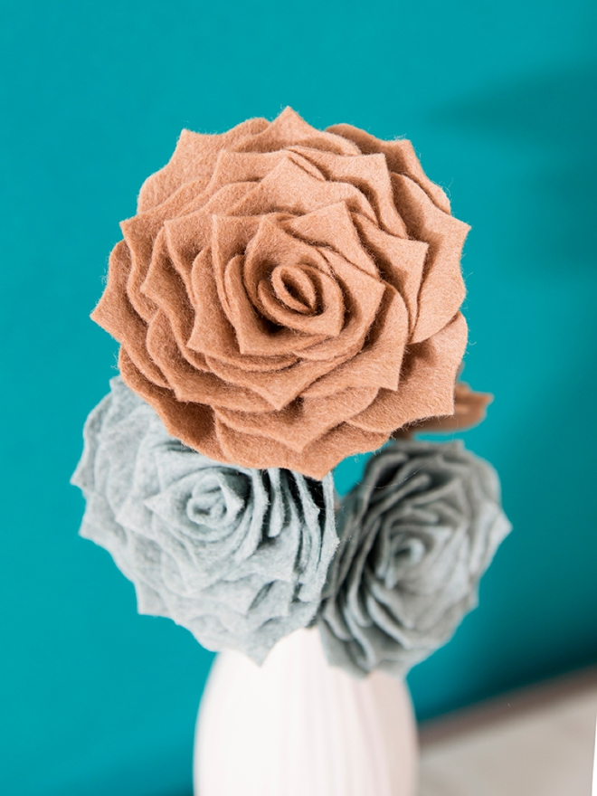 How To Make The Most Gorgeous Succulents Out Of Felt