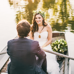 Loving this gorgeous and sweet styled glamping themed wedding!