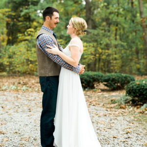 We're crushing on this darling couple and their backyard Missouri wedding!