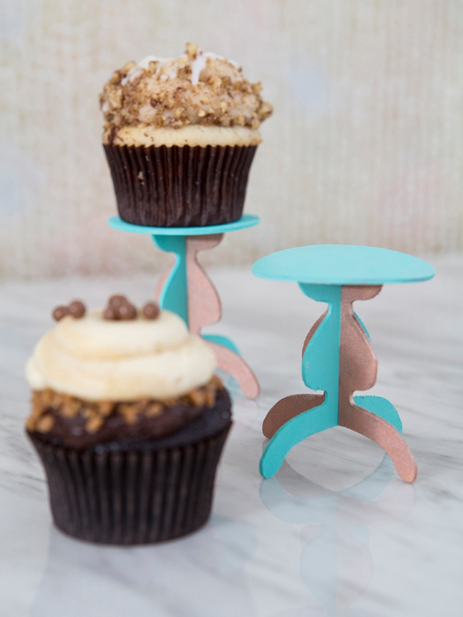 Make your own custom wooden cupcake stands!