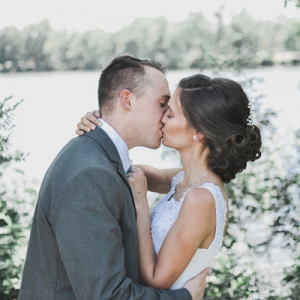 Swooning over this gorgeous and rustic DIY wedding!