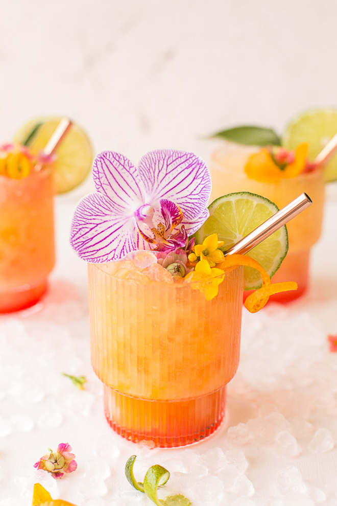 Have you seen a more perfect summer cocktail to serve at your wedding!?