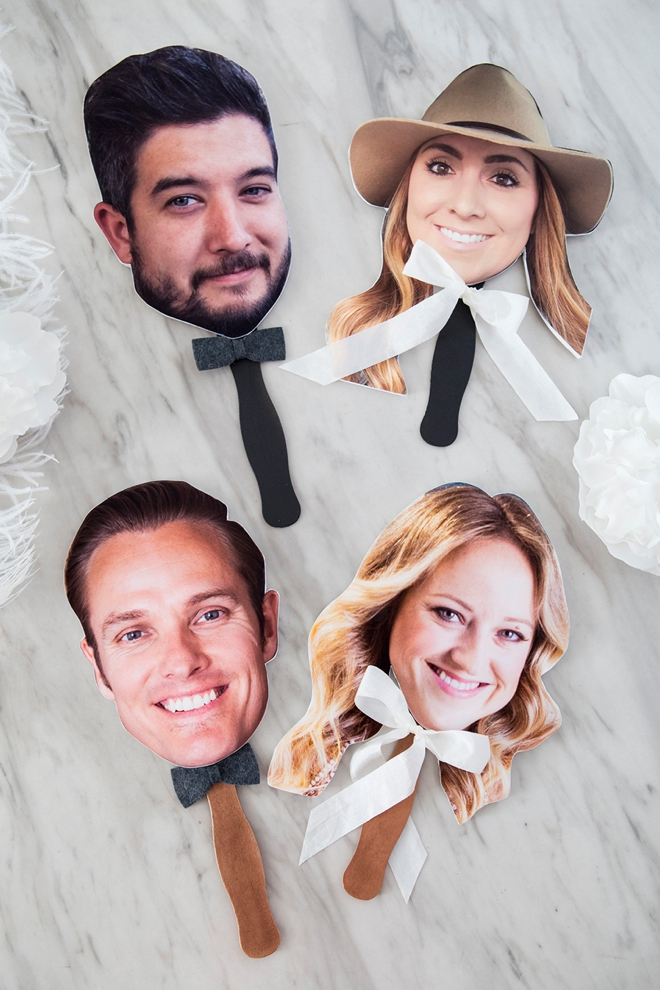 These DIY wedding shoe game photo paddles are the cutest!