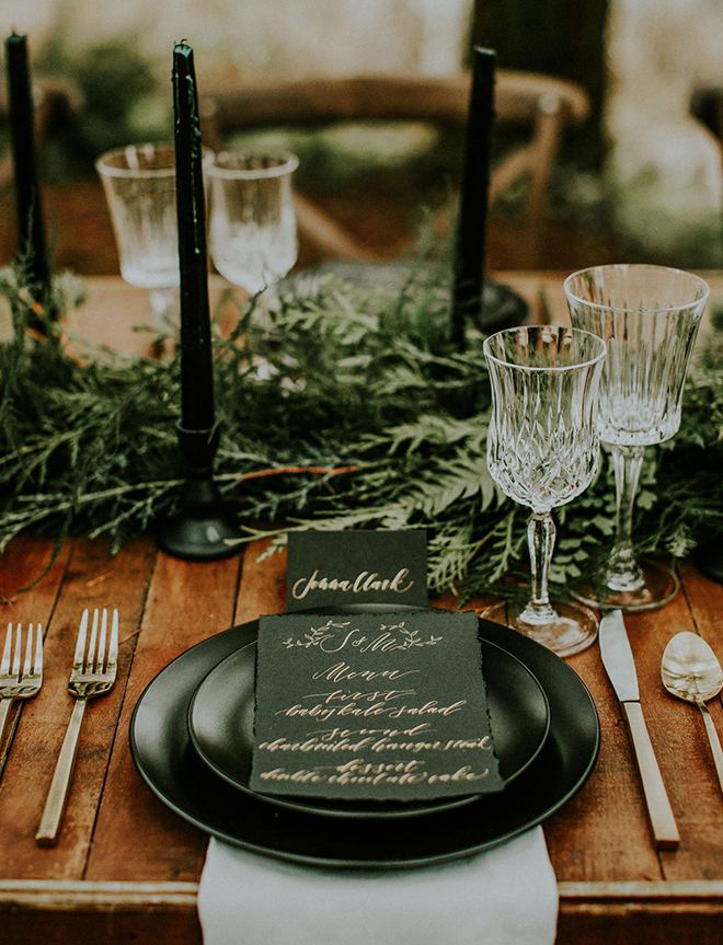 Dishware is a great place to sprinkle in a touch of black to your wedding.