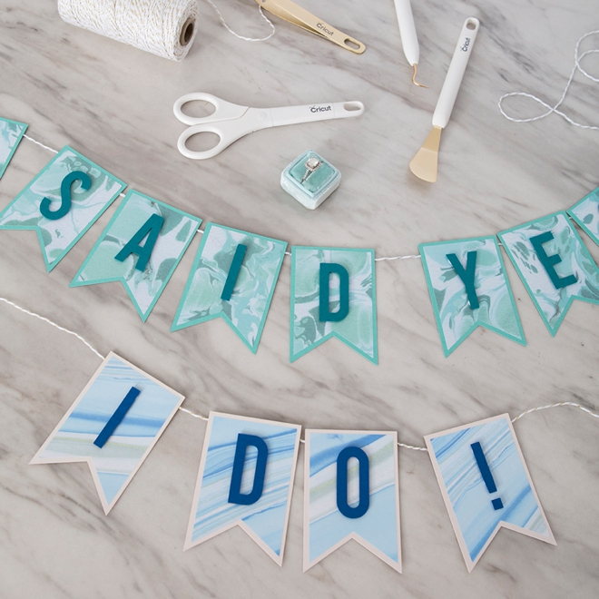 How to make easy vinyl wedding banners using your Cricut!