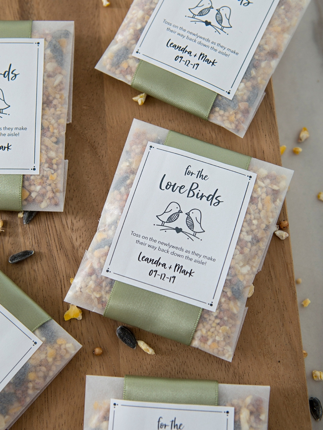 Yaass! A birdseed wedding toss, eco friendly and darling!