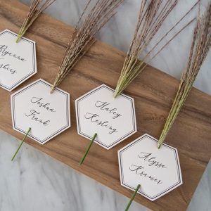These DIY editable, hexagon seating or escort cards are SO pretty!