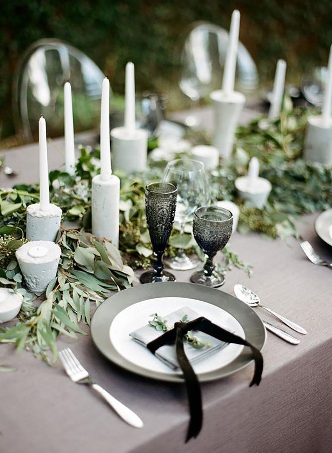 Velvety touches, must have winter wedding shot.