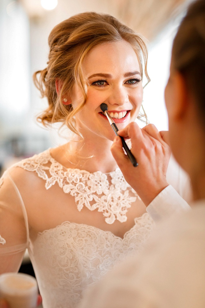 This Bride's classic and dreamy style is giving us ALL the wedding hair inspiration! You don't want to miss her stunning day on the blog!