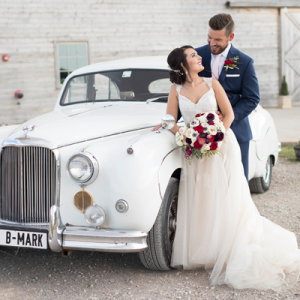 We're crushing on this gorgeous winter wedding on the blog now!