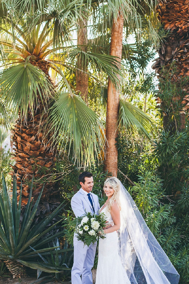 We can't get enough from this STUNNING Palm Springs wedding! SO many amazing DIY's and a gorgeous couple! Don't miss it!