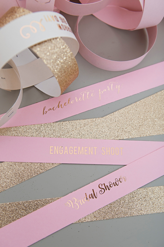 Countdown the last 100 days of your wedding with this DIY paper chain!