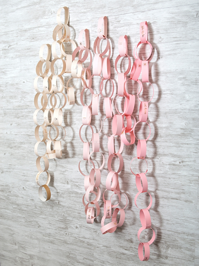 Make your own wedding countdown paper chain, so cute!