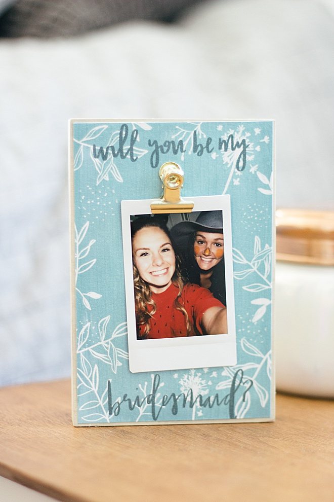 WOW your bridesmaids will love this DIY photo holder!