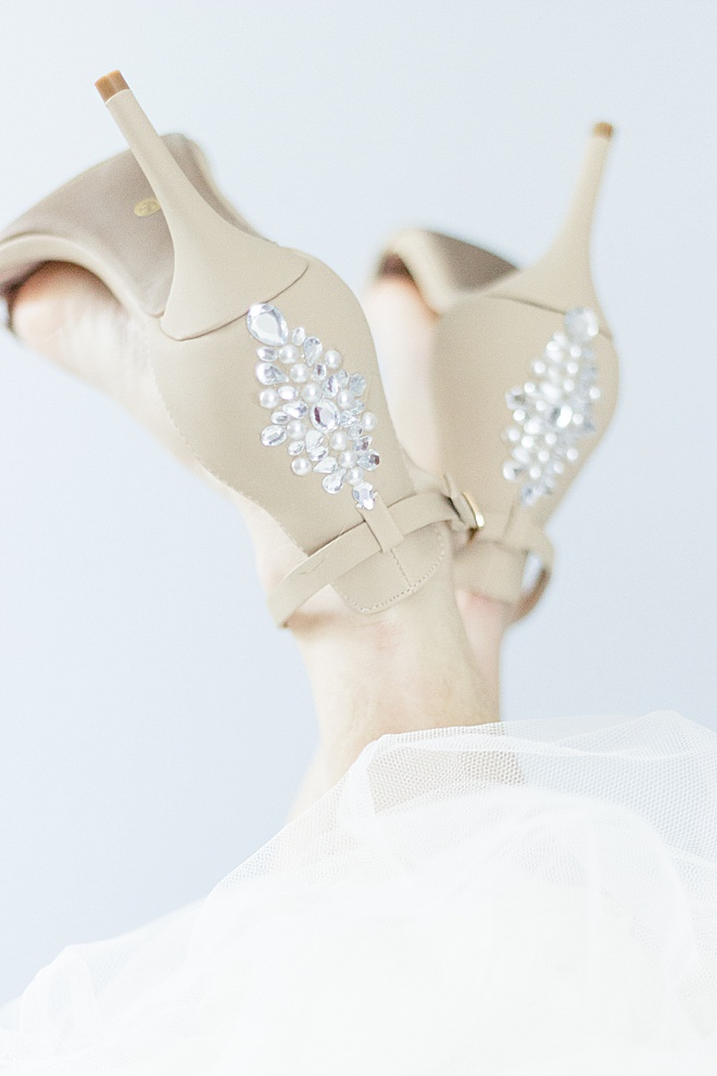 OMG! You need to make these DIY heels for your wedding day!