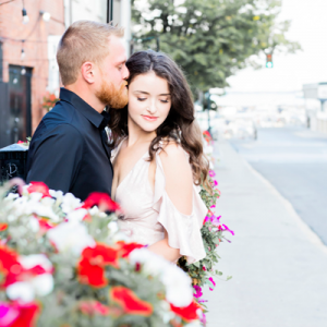We're swooning over this super gorgeous anniversary session on the blog!