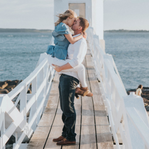 We're LOVING this gorgeous Maine engagement!