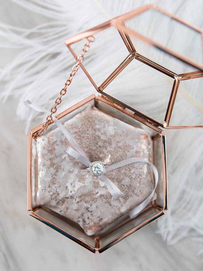 Learn how to make this gorgeous terrarium style wedding ring box!