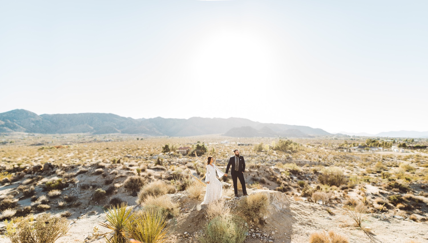 Gorgeous desert elopement shot by Steve Cowell Photography!