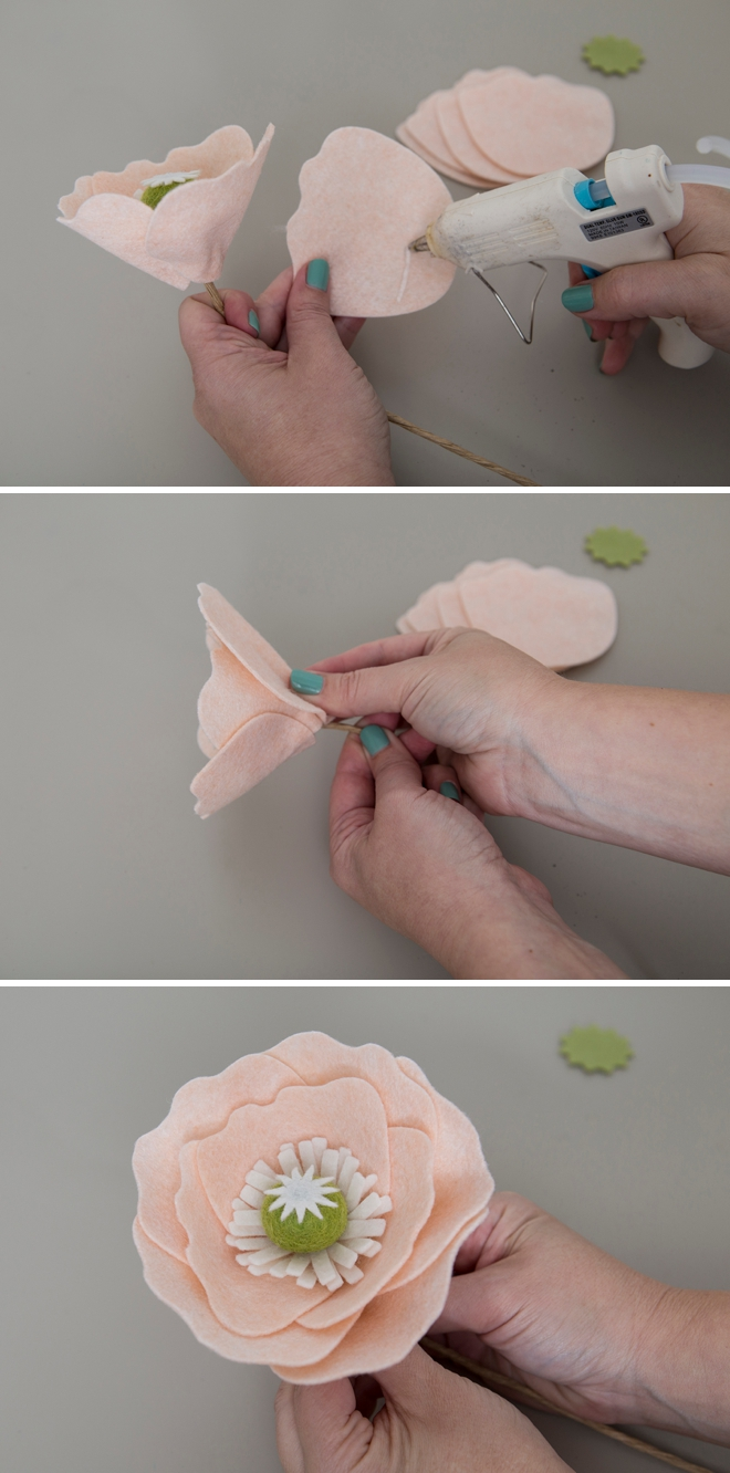 We're obsessed with these giant DIY felt poppies!