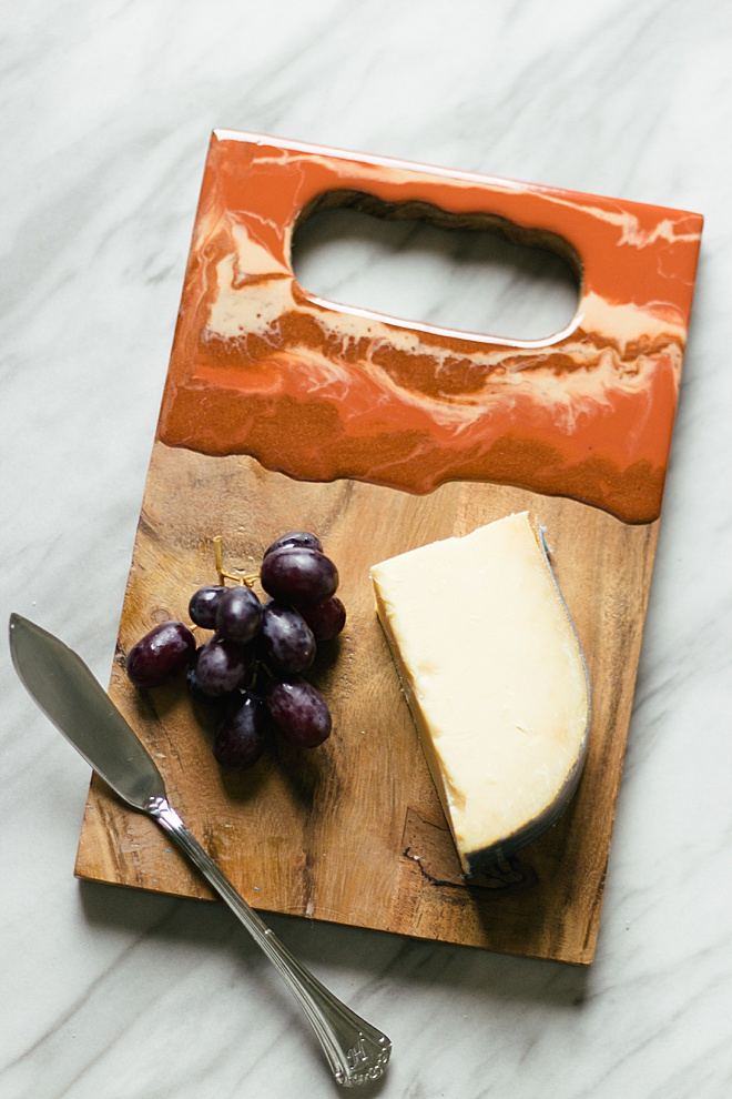 Make these marvelous resin cheese boards for your next wedding gift!