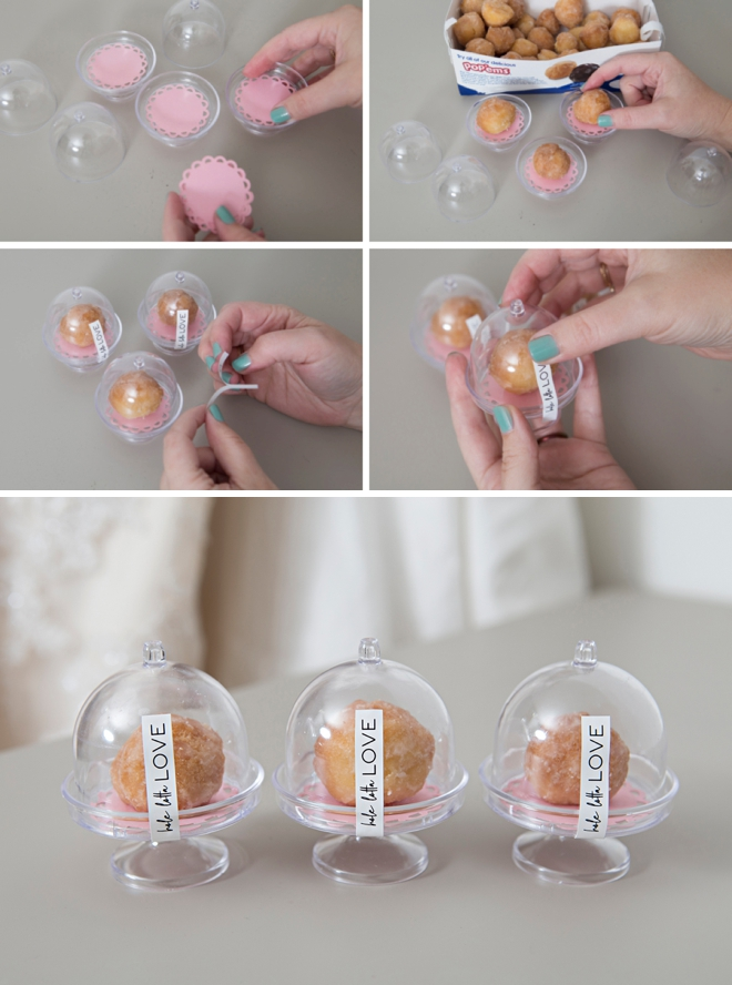Give your wedding guests donut hole favors inside these mini cake stands!