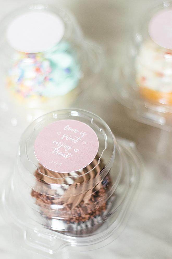 Diy Cupcake Sticker Wedding Favor Topper With Cricut And Canon