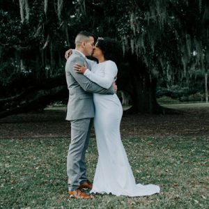 We can't get enough of this stunning styled elopement shoot in Charleston!