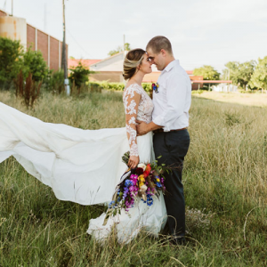Loving this styled wedding on the blog now!