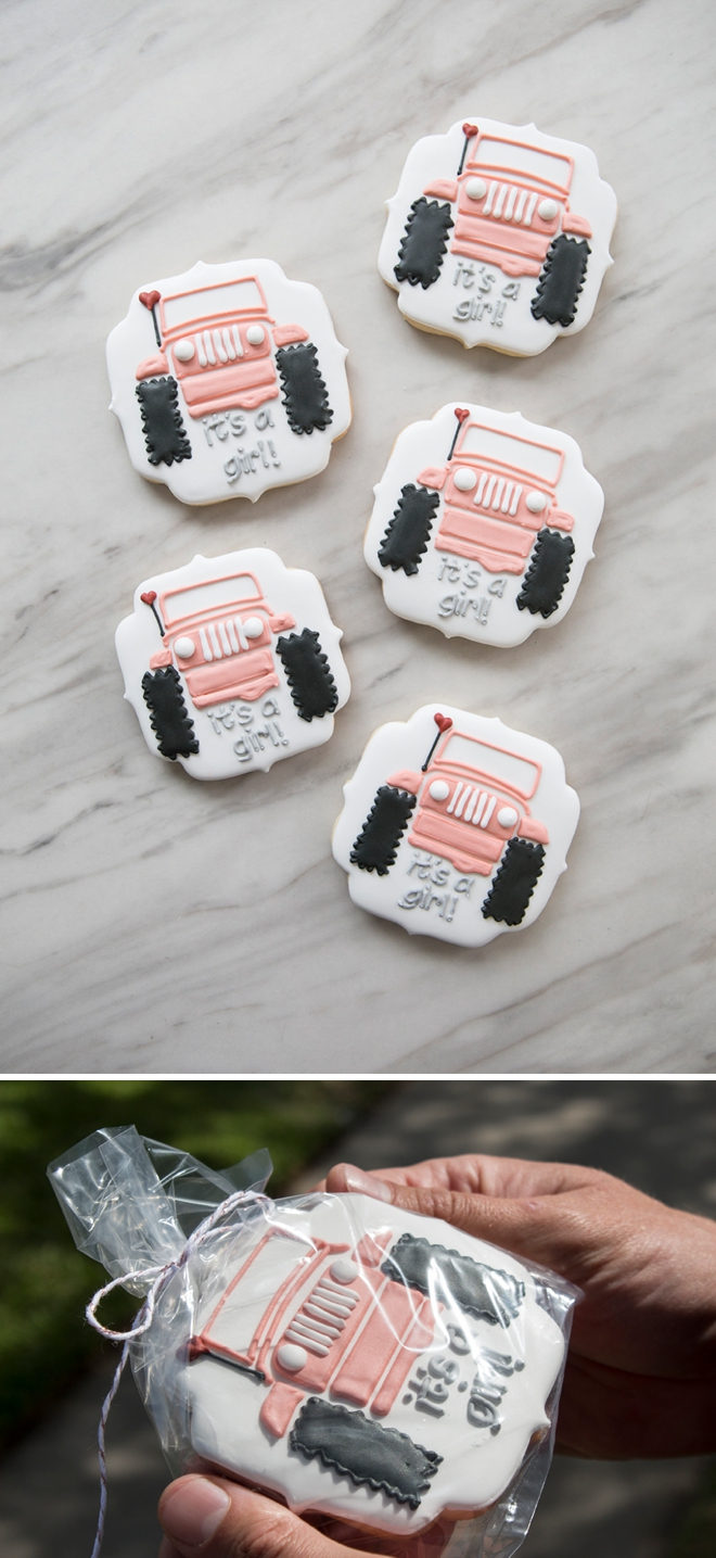 Custom It's a Girl, Jeep cookies for a gender reveal party.