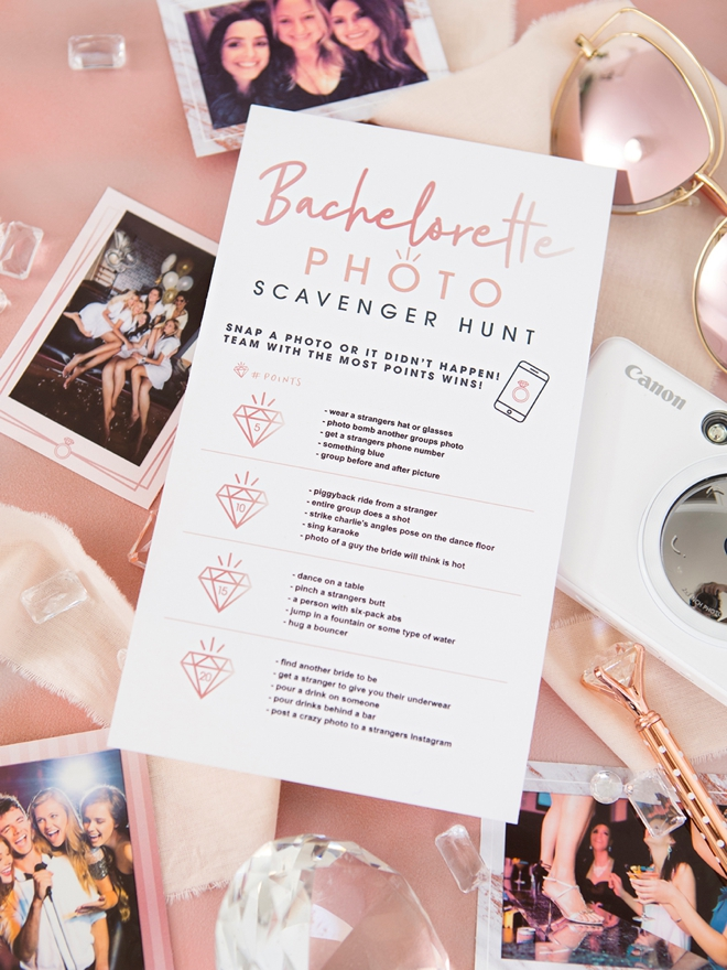 FREE printable and editable Bachelorette Photo Scavenger Hunt game!