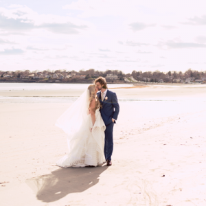 We're in LOVE with this gorgeous Rhode Island beach wedding!