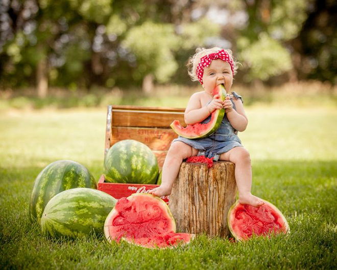 Watermelon smash cake alternative, great idea!