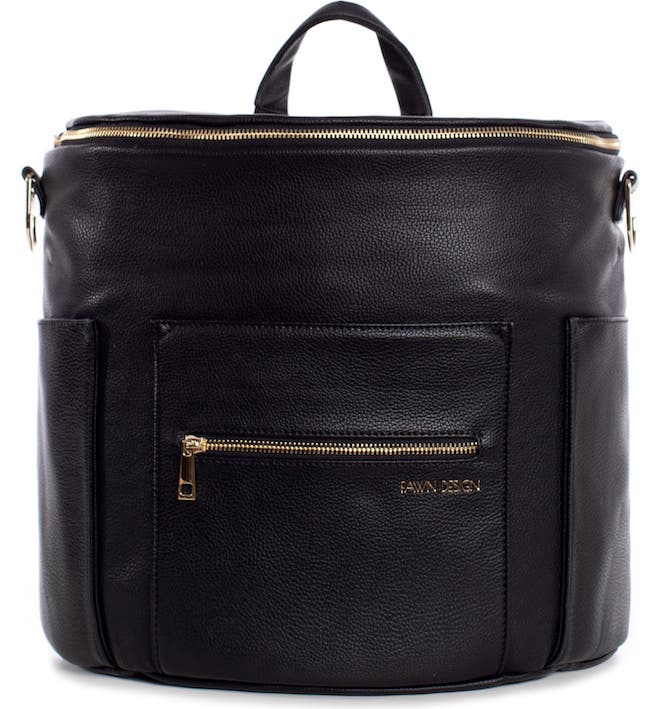 Fawn Design diaper bags are the BEST! This is one of the most stylish diaper bags I've ever seen.