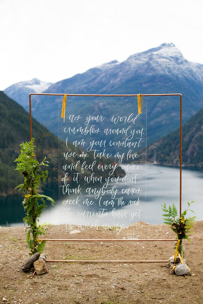 Swooning over these stunning alter ideas on the blog!