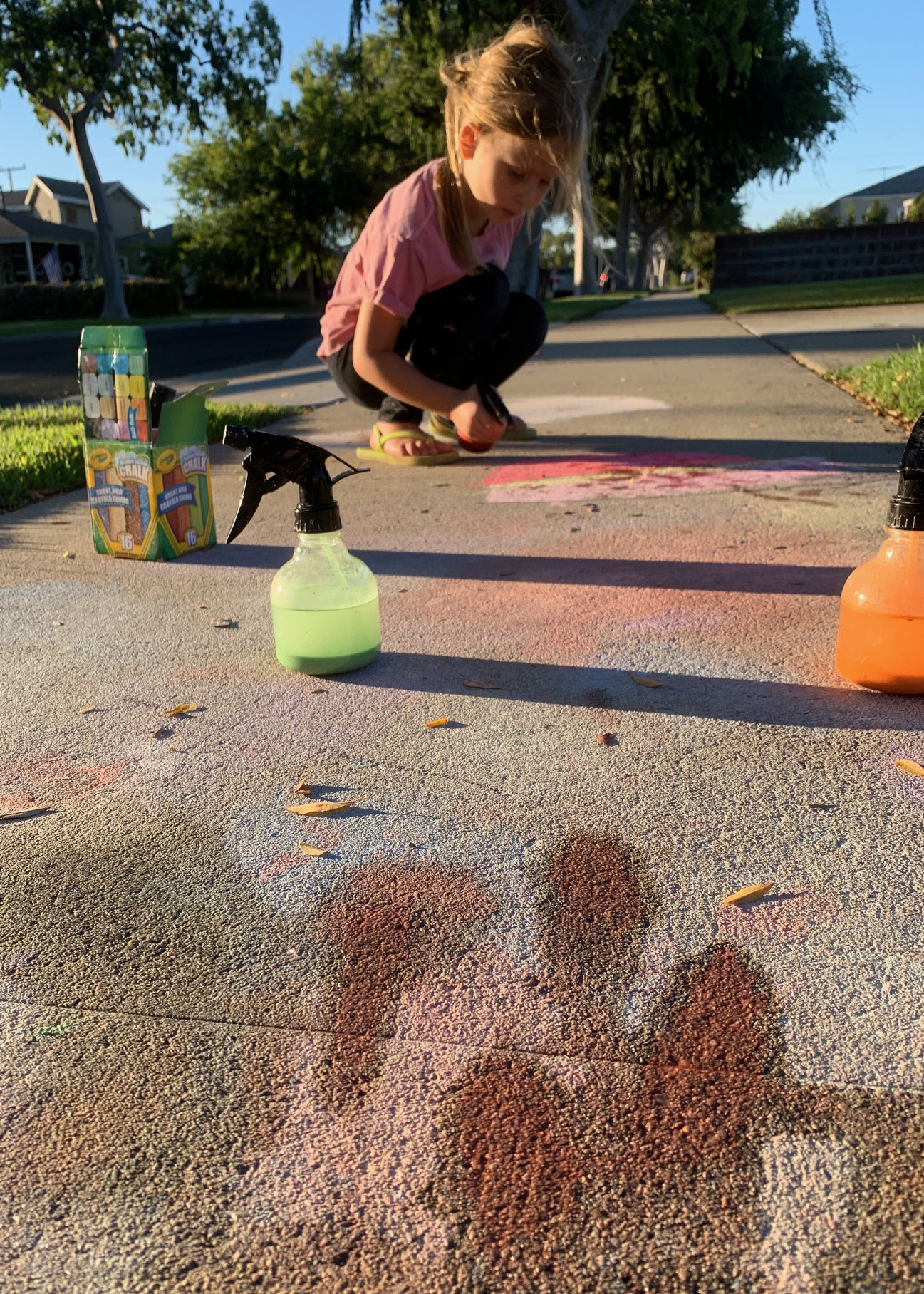 Learn how to make your own chalk spray, the easy way!